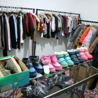 打包清货全清处理2800多件高端精品尾货库存服装衣服皮具